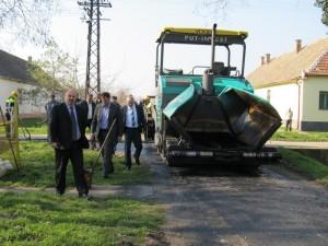 Asfaltiranje ulice Dragice Pravice